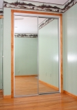 Mirrored-Closet-Door-9046
